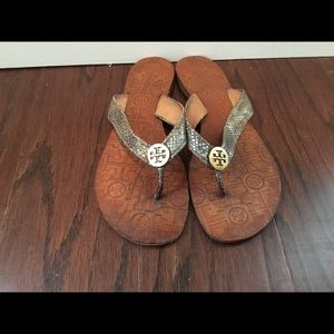 Tory Burch Thora gold snakeskin flip flop thong  9